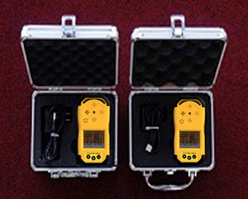 CD4 type multi-parameter gas detector